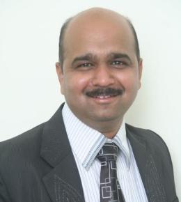 Dr Munjal Pandya
